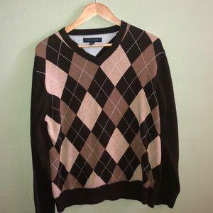 Tommy Hilfiger v-neck argyle sweater